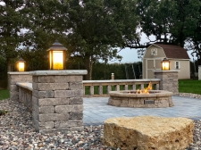 Lighting on columns around fire pit area