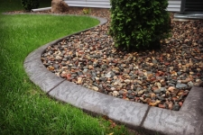 concrete curb edging