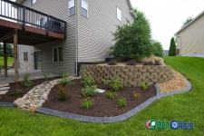 curbing mulch and rock
