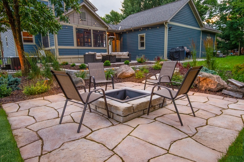 Green Oasis lawn care patio services